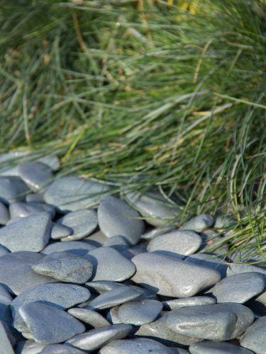Flat Pebbles grün 30-60mm verlegt