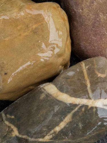Rheinkies Gabionensteine bunt 60 - 90mm (6 - 9cm) (naß)