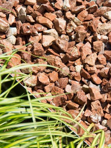 Marmor Splitt Rot 18 - 25mm (angelegt)